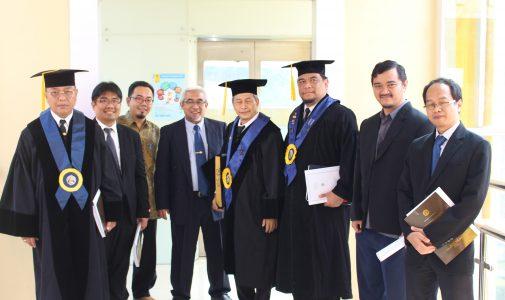 Promosi Doktor Iwan Setyawan