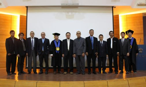 Promosi Doktor Arief Surachman