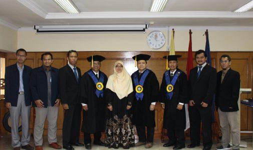 Promosi Doktor Aida Mahmudah